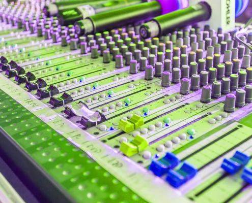 رادیوی دیجیتال تعاملی چیست؟ نوکارتو